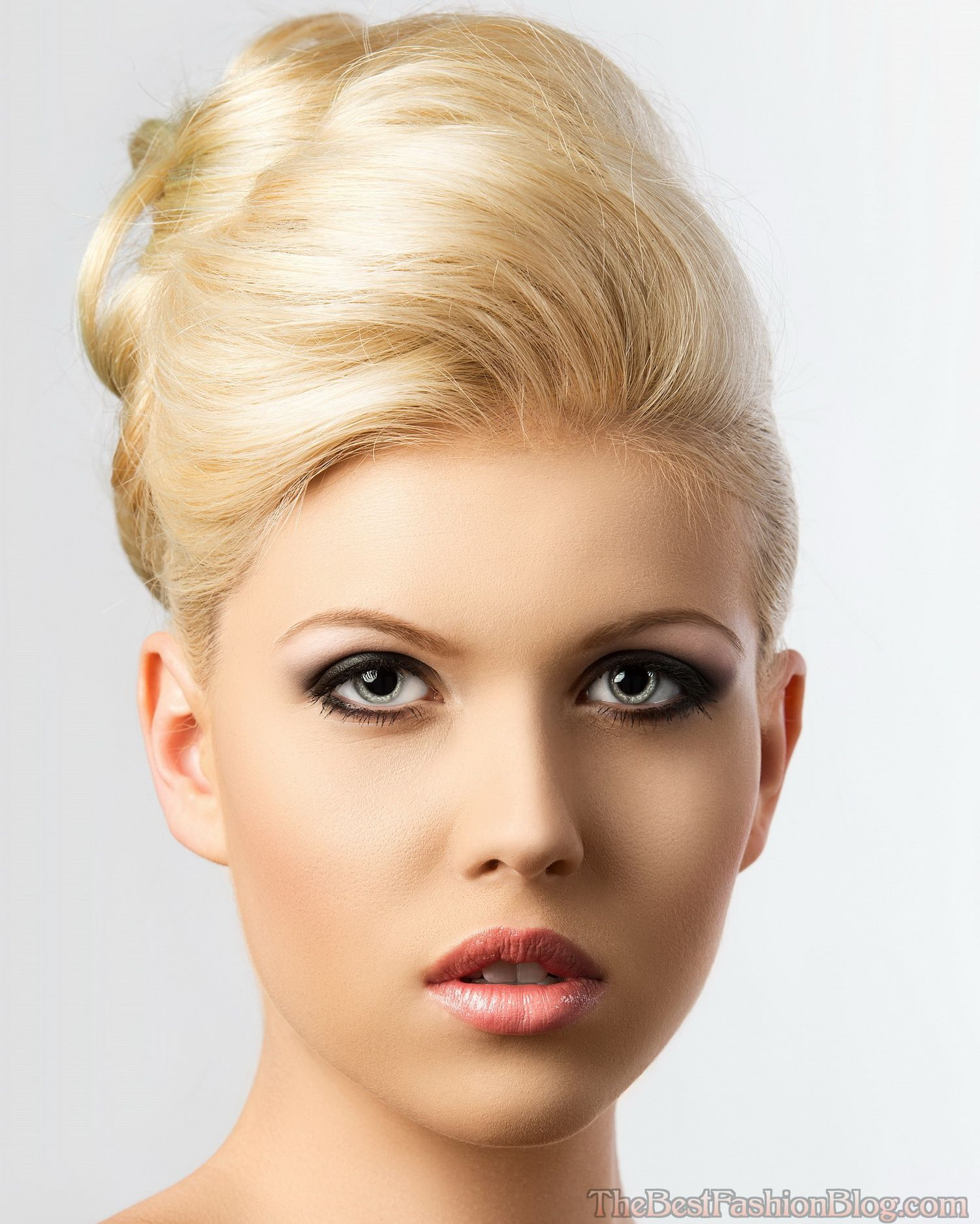 Beehive-Hairstyles-Are-In-Style-For-2015-6